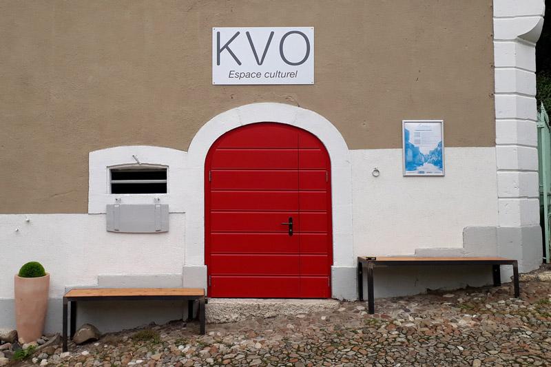 porte rouge du kvo